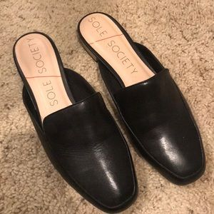 Sole Society Mules / Color: Black / Size: 8